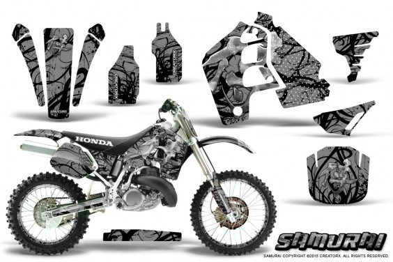 Honda_CR500_Graphics_Kit_Samurai_Black_Silver_NP_Rims